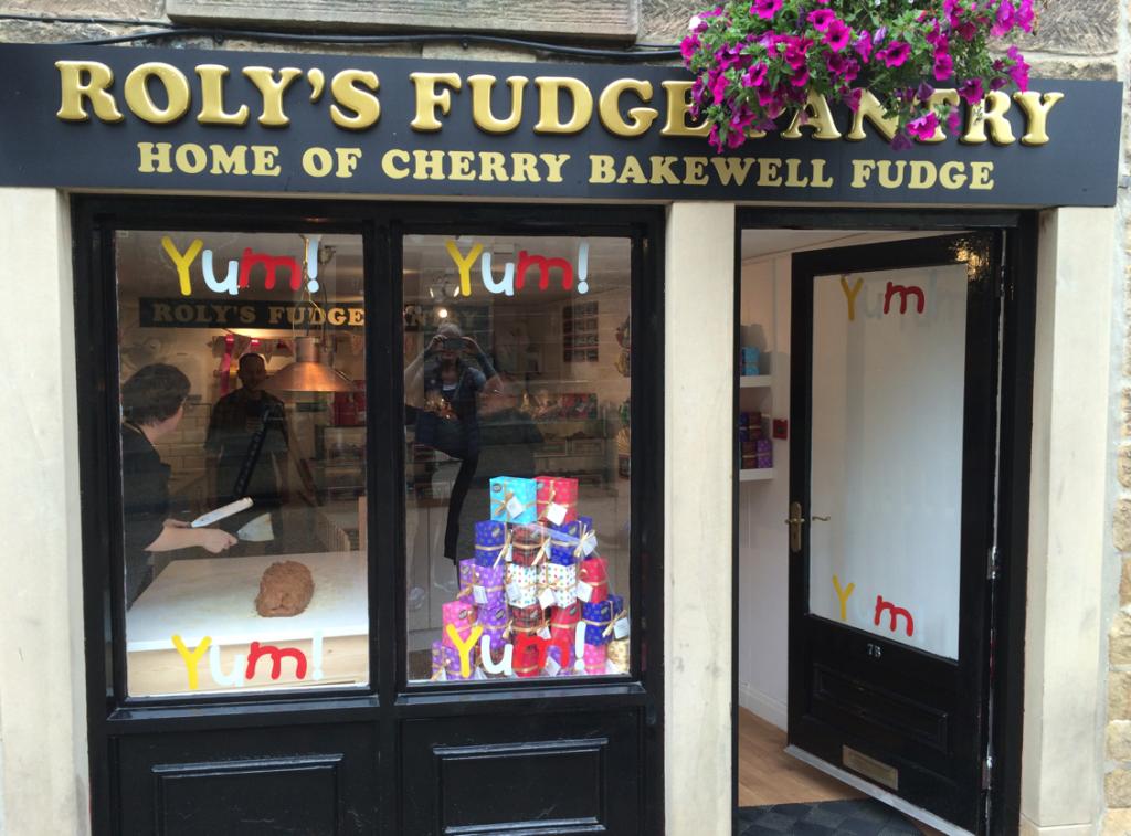 Roly's Fudge Bakewell