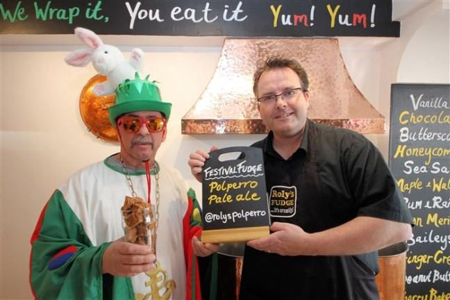 Mayor of Polperro visits Roly's Polperro