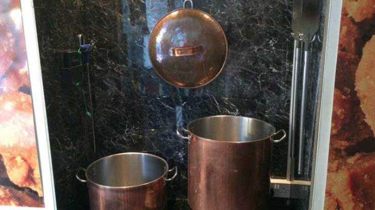 Roly's Exeter - Fudge Pots