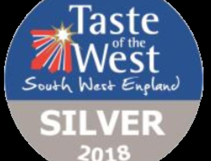 Taste of the West Silver 2018 - Vanilla Clotted Cream, Sea Salt, Maple & Walnut, Rum 'n' Raisin - Roly's Fudge
